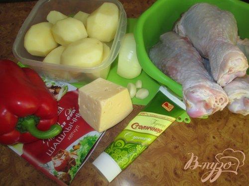 Запеченная голень индейки с картофелем
