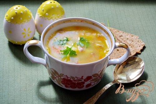 Cытный фасолевый суп с копченой грудинкой