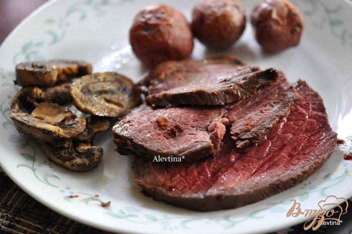 Фото приготовление рецепта: Говядина с соевой глазурью шаг №5