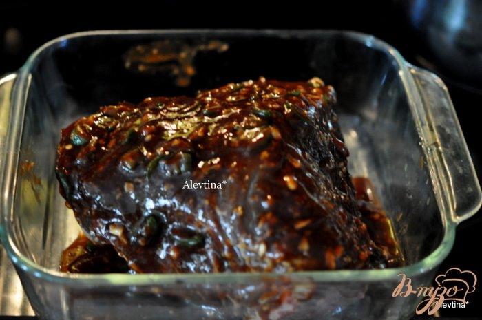 Фото приготовление рецепта: Говядина с соевой глазурью шаг №3