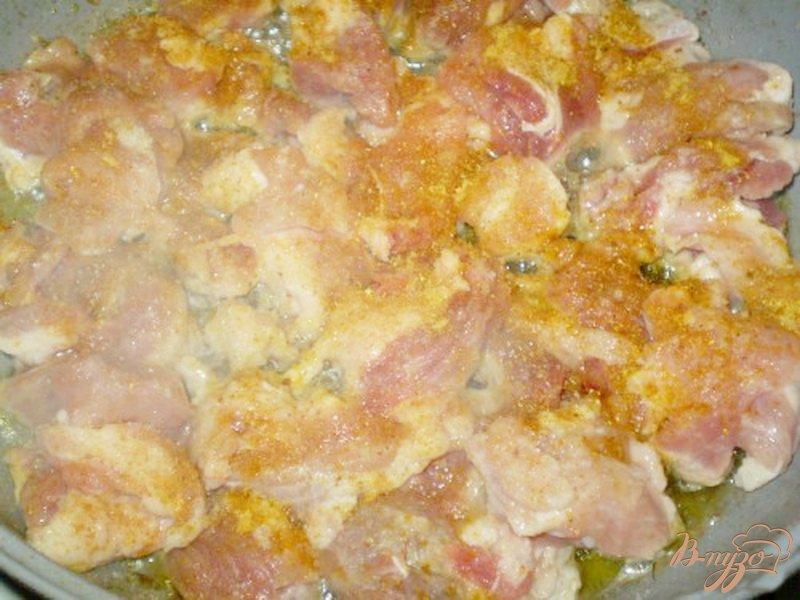 Фото приготовление рецепта: Пшенка со свининой в горшочках шаг №4