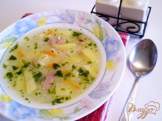 фото рецепта: Рисовый суп на копченой ножке