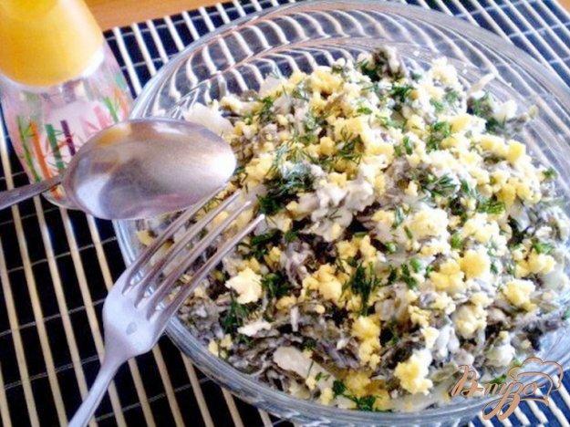 Рецепт Салат из морской капусты и кальмара