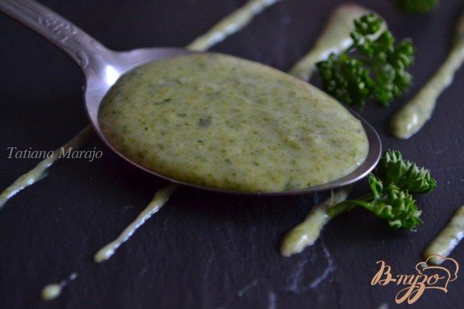 Фото приготовление рецепта: Лимонно-шпинатный соус шаг №3