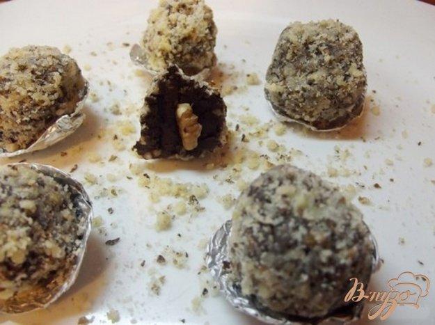 Рецепт Ореховые конфеты из горького шоколада