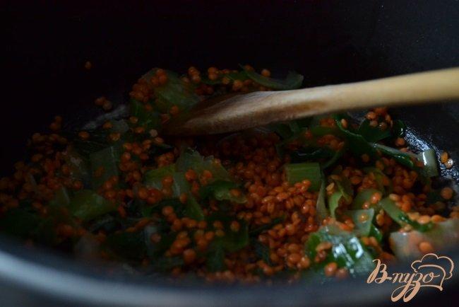 Фото приготовление рецепта: Суп-пюре из желтой фасоли с чечевицей шаг №2