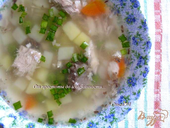 Фото приготовление рецепта: Суп с белым амуром и зеленым горошком шаг №6