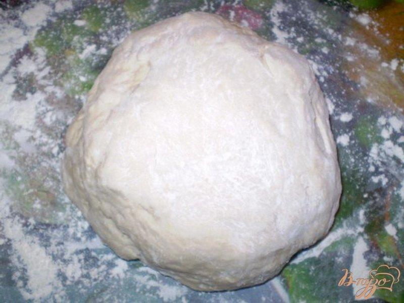 Фото приготовление рецепта: Сосиски в тесте шаг №3