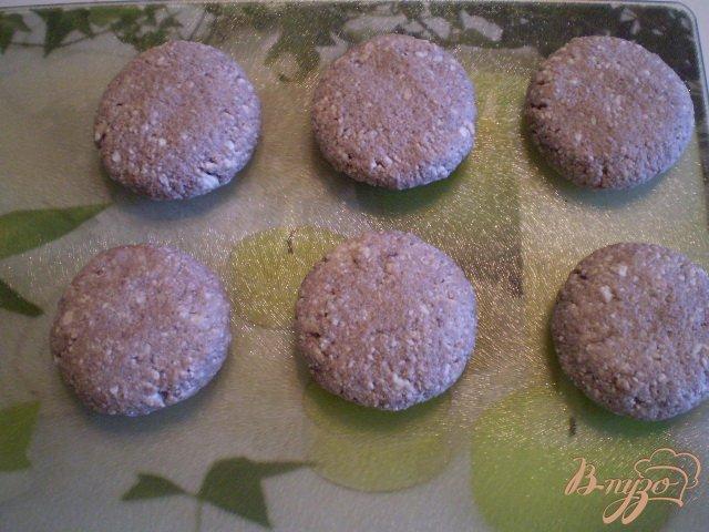 Фото приготовление рецепта: Шоколадные творожники шаг №4