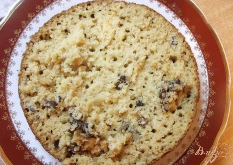 Фото приготовление рецепта: Ореховый пирог с пропиткой шаг №8