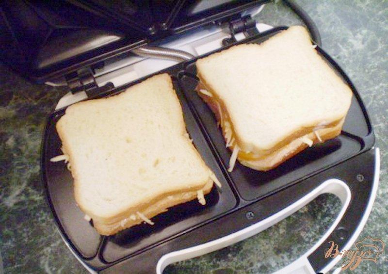 Фото приготовление рецепта: Сэндвич с мясным паштетом шаг №5