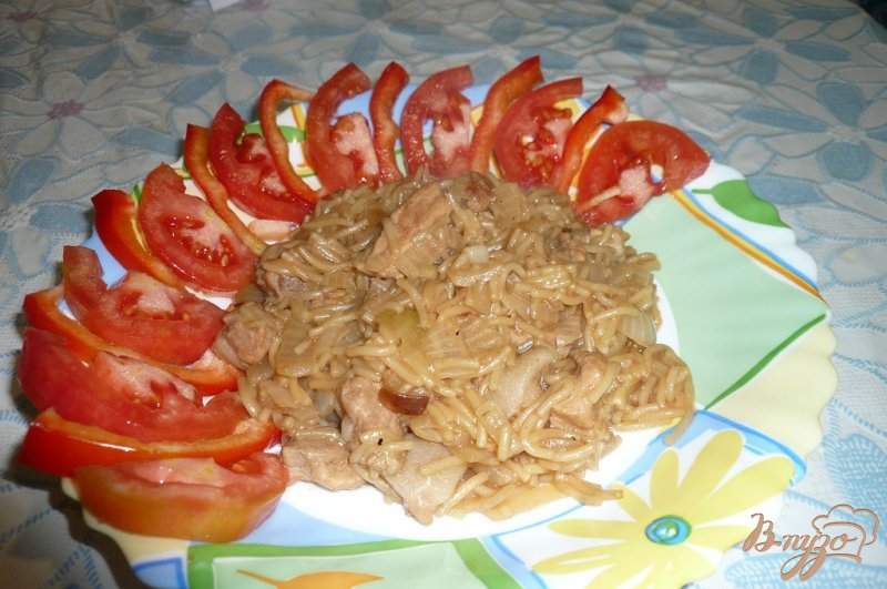 Фото приготовление рецепта: Вермишель жареная с мясом шаг №5