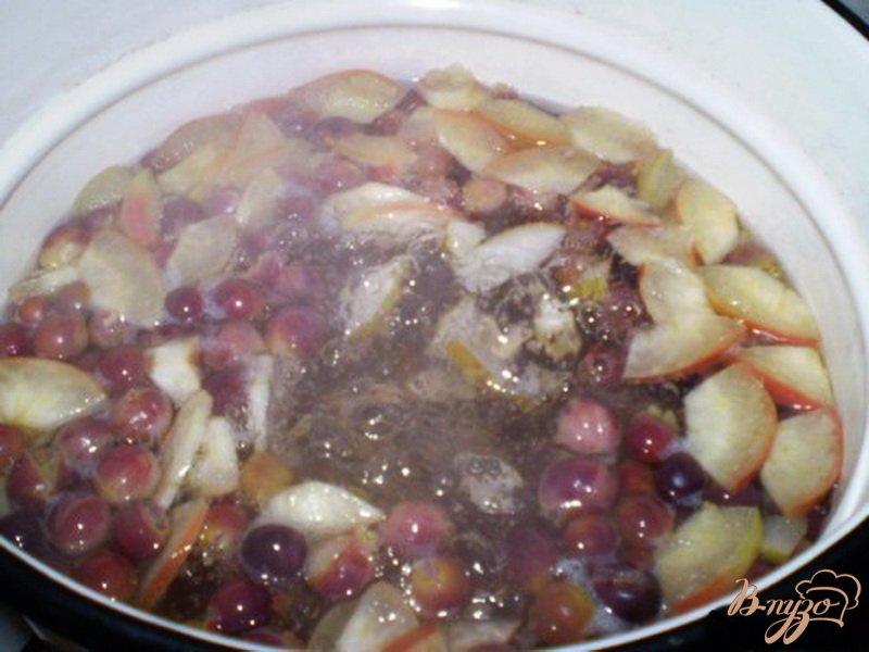 Фото приготовление рецепта: Фруктовый компот шаг №3
