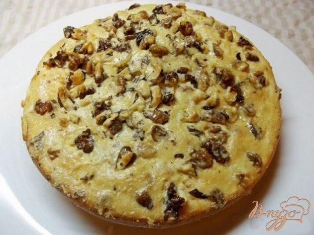 Рецепт Пирог на кислом молоке с грецкими орехами