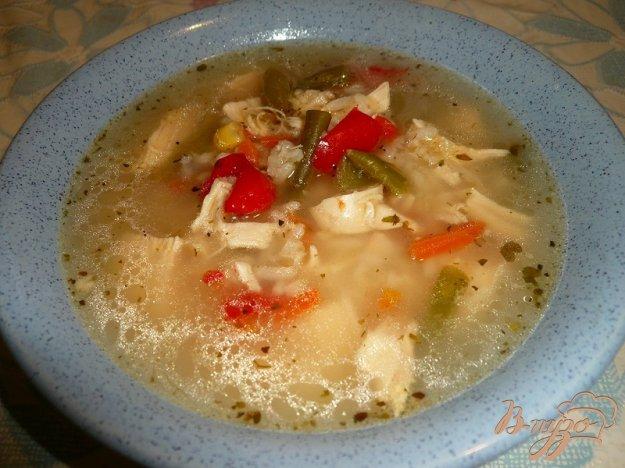 фото рецепта: Рисовый суп с куриной грудкой и овощами