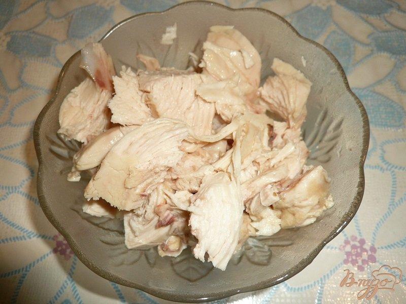 Фото приготовление рецепта: Рисовый суп с куриной грудкой и овощами шаг №4