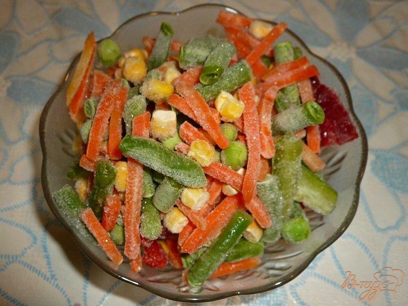 Фото приготовление рецепта: Рисовый суп с куриной грудкой и овощами шаг №3