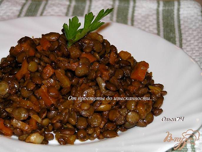 Фото приготовление рецепта: Чечевица с овощами в томатном соусе (в мультиварке) шаг №5