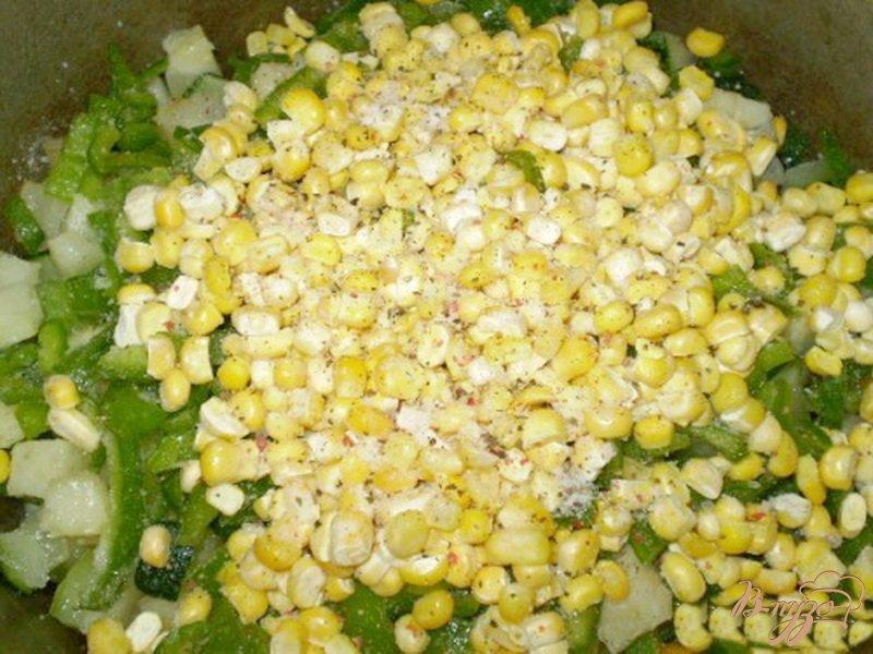 Фото приготовление рецепта: Цукини с овощами шаг №4