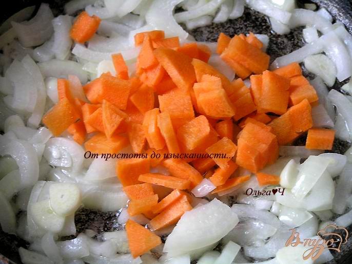 Фото приготовление рецепта: Томатный суп с чечевицей шаг №2