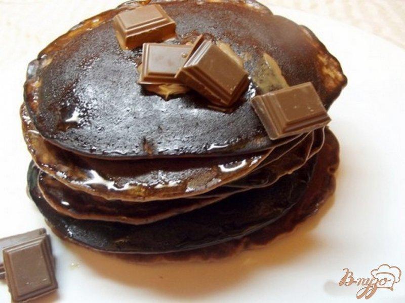 Фото приготовление рецепта: Шоколадные оладушки шаг №5