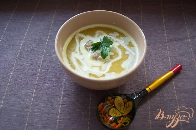 фото рецепта: Суп-пюре с брокколи, брюссельской капустой и фрикадельками