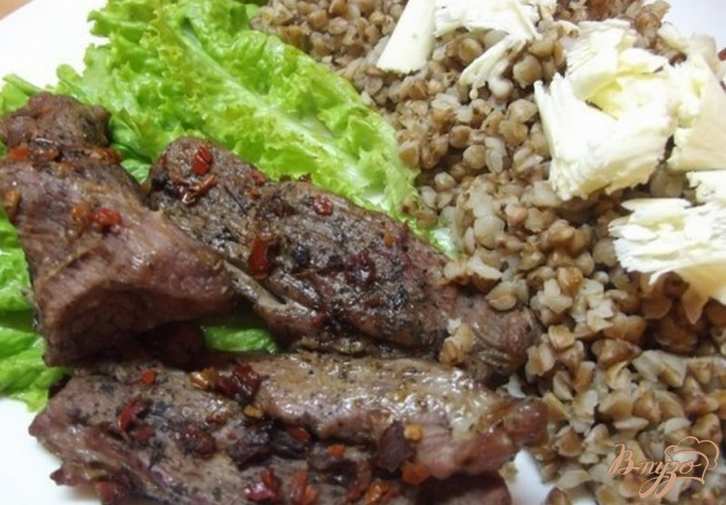 Фото приготовление рецепта: Говядина запеченная в фольге шаг №8