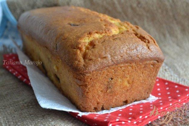 фото рецепта: Сметанный кекс с вяленой клюквой