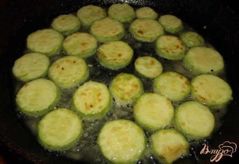 Фото приготовление рецепта: Кабачки праздничные шаг №4