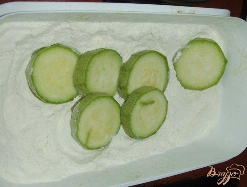 Фото приготовление рецепта: Кабачки праздничные шаг №2