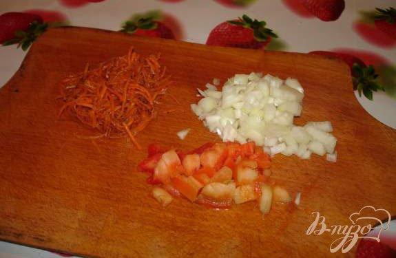 Фото приготовление рецепта: Капустняк с копчеными ребрышками шаг №2