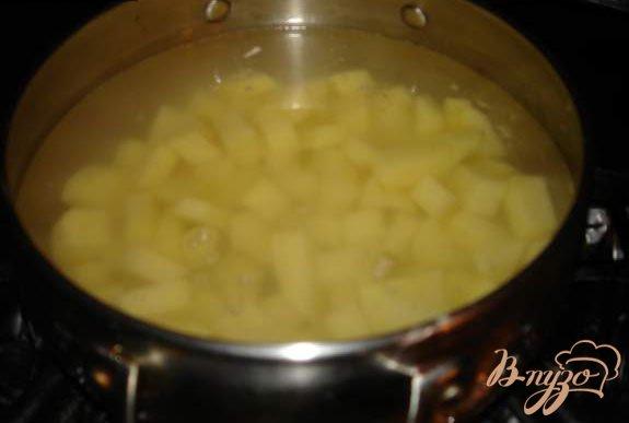 Фото приготовление рецепта: Капустняк с копчеными ребрышками шаг №1