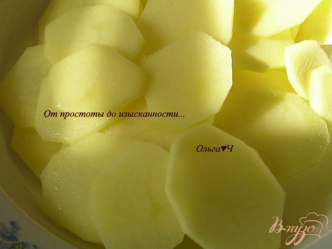 Фото приготовление рецепта: Картофельные чипсы шаг №1