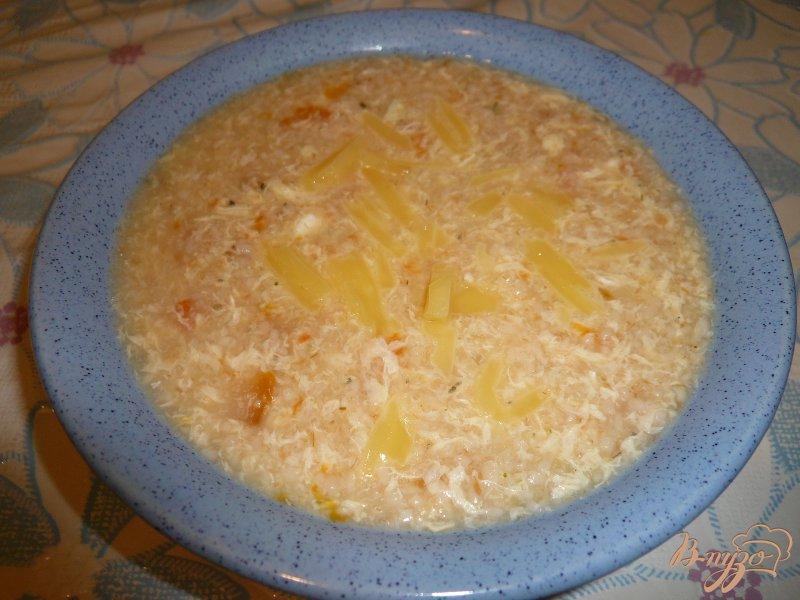 Фото приготовление рецепта: Супчик овсяный с яйцом и сыром шаг №5