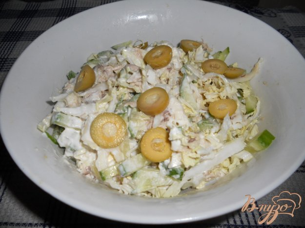 Рецепт Салат с тунцом и пекинской капустой