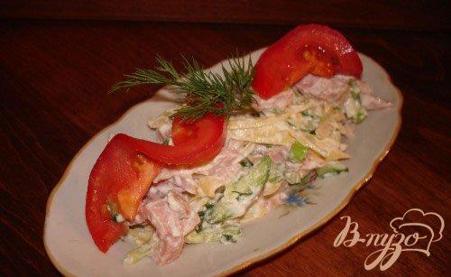 Рецепт Быстрый салат с колбасой без майонеза