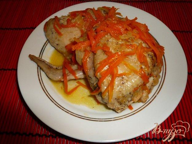Курка тушкована з морквою. Як приготувати з фото