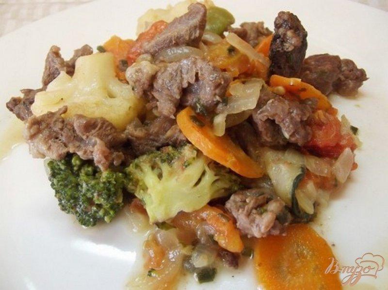 Фото приготовление рецепта: Рагу из говяжьих щек шаг №9
