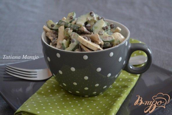 Рецепт Салат из свежих шампиньонов с чечевицей