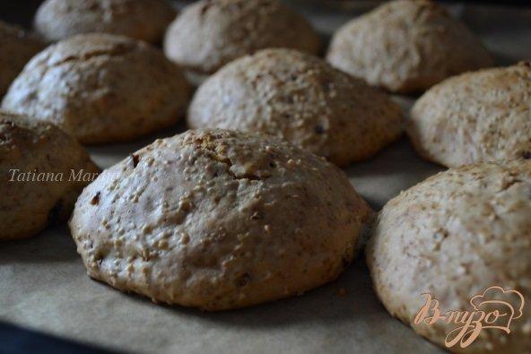 Фото приготовление рецепта: Булочки к завтраку.. с крупой и вяленой клюквой шаг №5