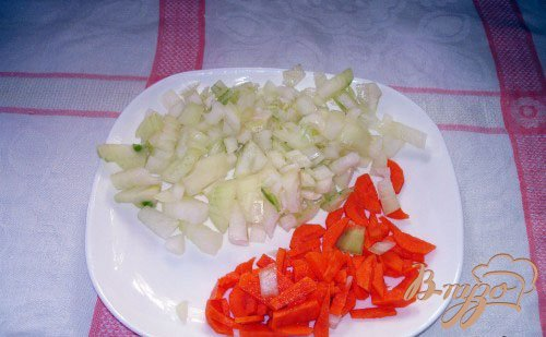 Гуляш с овощами