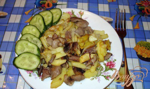 фото рецепта: Жареная картошечка с лесными грибами
