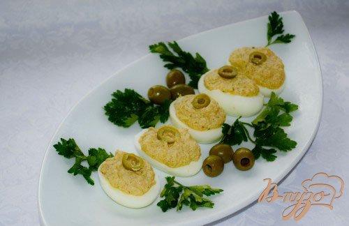 Рецепт Закуска из яиц с вялеными томатами