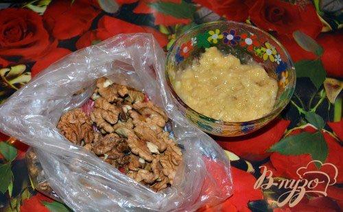 Кекс с бананом и грецким орехом