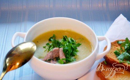 фото рецепта: Суп-пюре с брокколи и сухариками