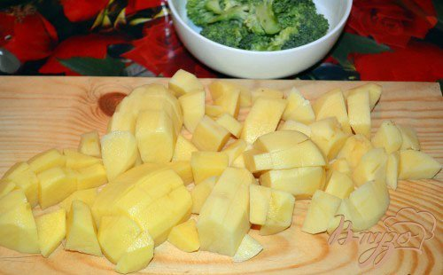 Суп-пюре с брокколи и сухариками