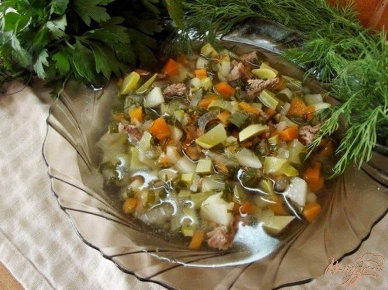 Фото приготовление рецепта: Суп из кабачков на говядине шаг №5