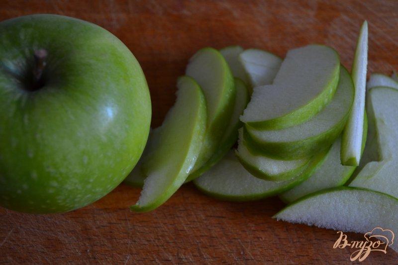 Фото приготовление рецепта: Ньокки с ветчиной и яблоком шаг №1