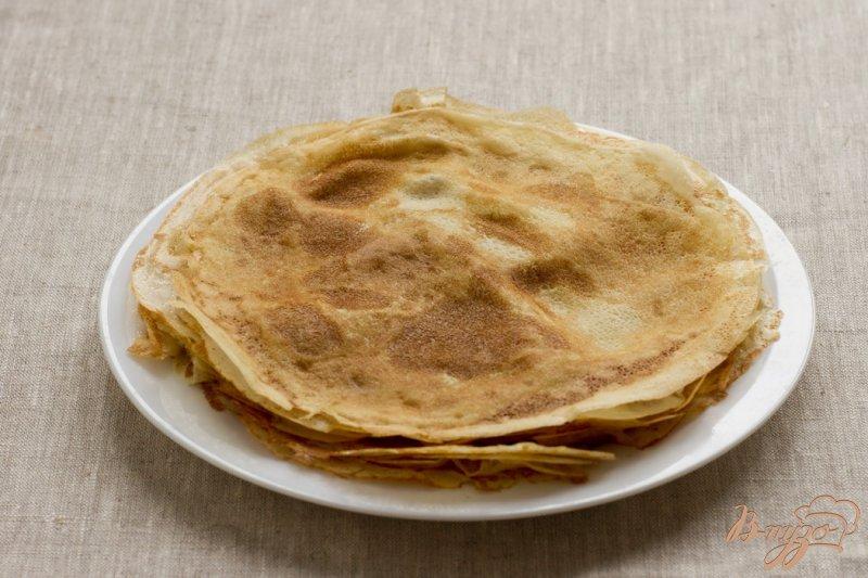 Фото приготовление рецепта: Пирог с лососем шаг №6