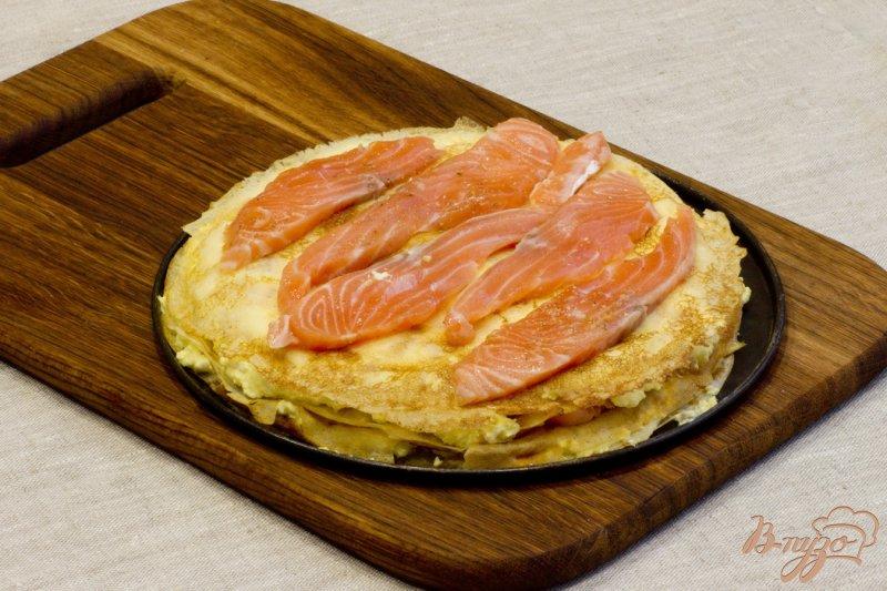 Фото приготовление рецепта: Пирог с лососем шаг №9